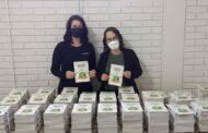 Usiminas doa cartilhas de educação ambiental para alunos da rede municipal