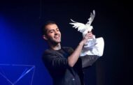 Aperam Bem Maior traz espetáculo com o ilusionista Rick Mendes
