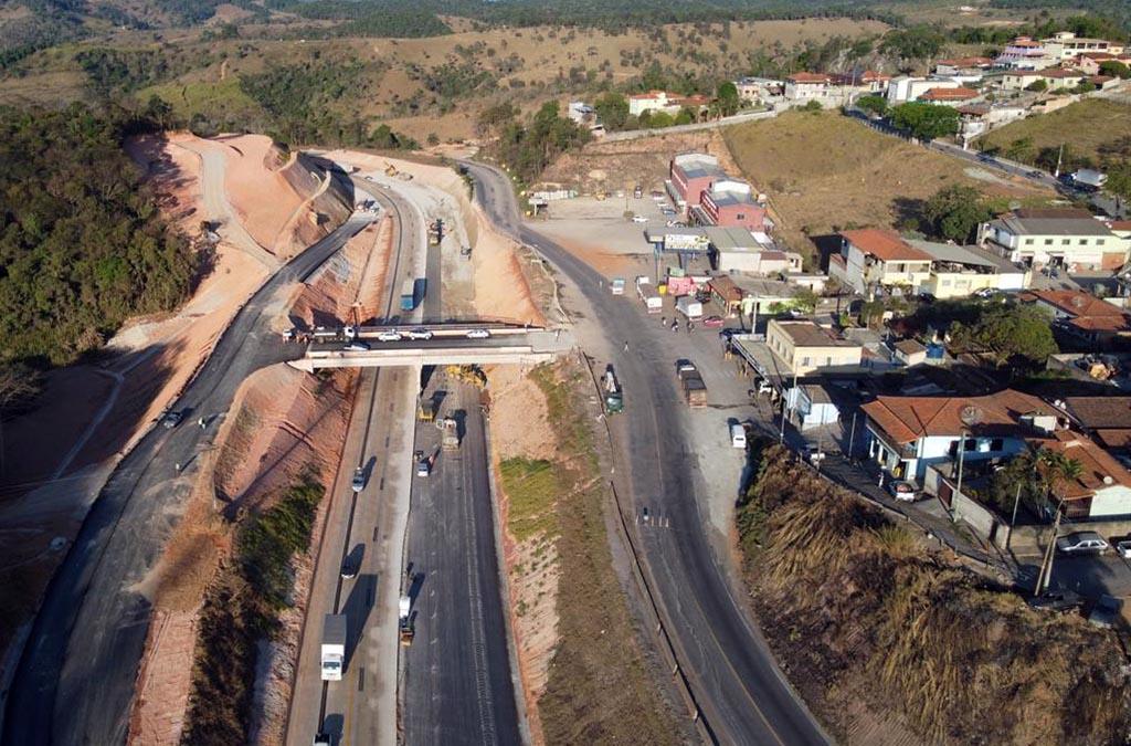 DNIT libera tráfego de veículos em Roças Novas e Itabira