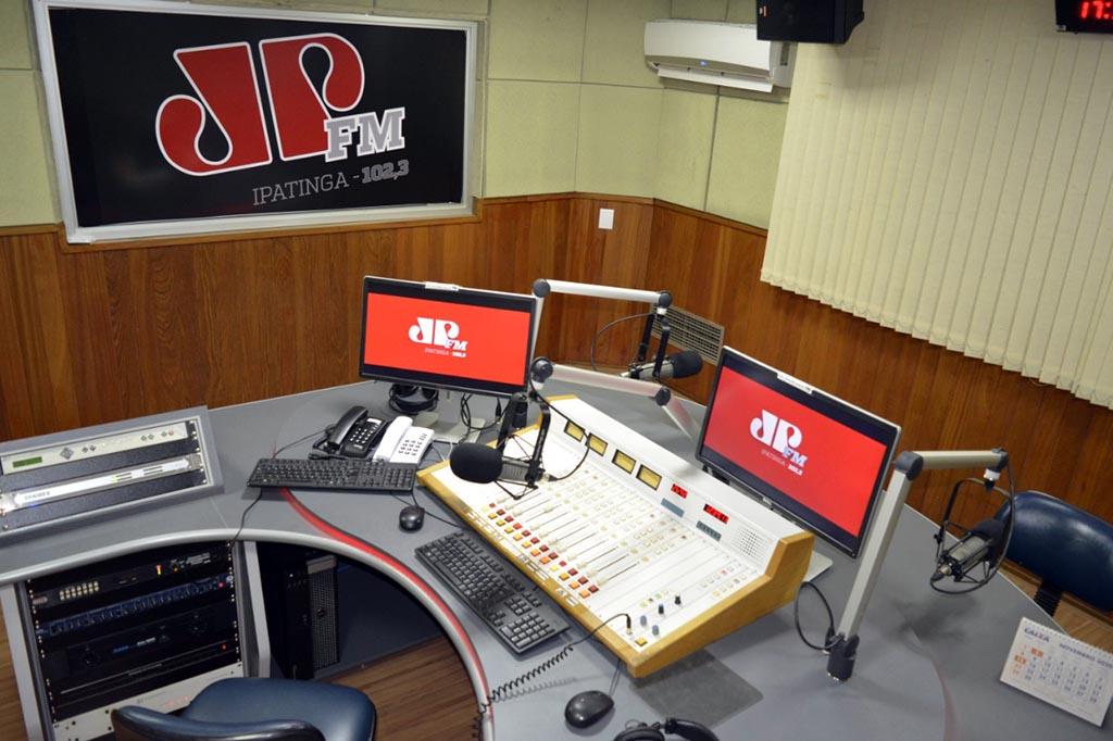 Jovem Pan FM completa 14 anos no Vale do Aço