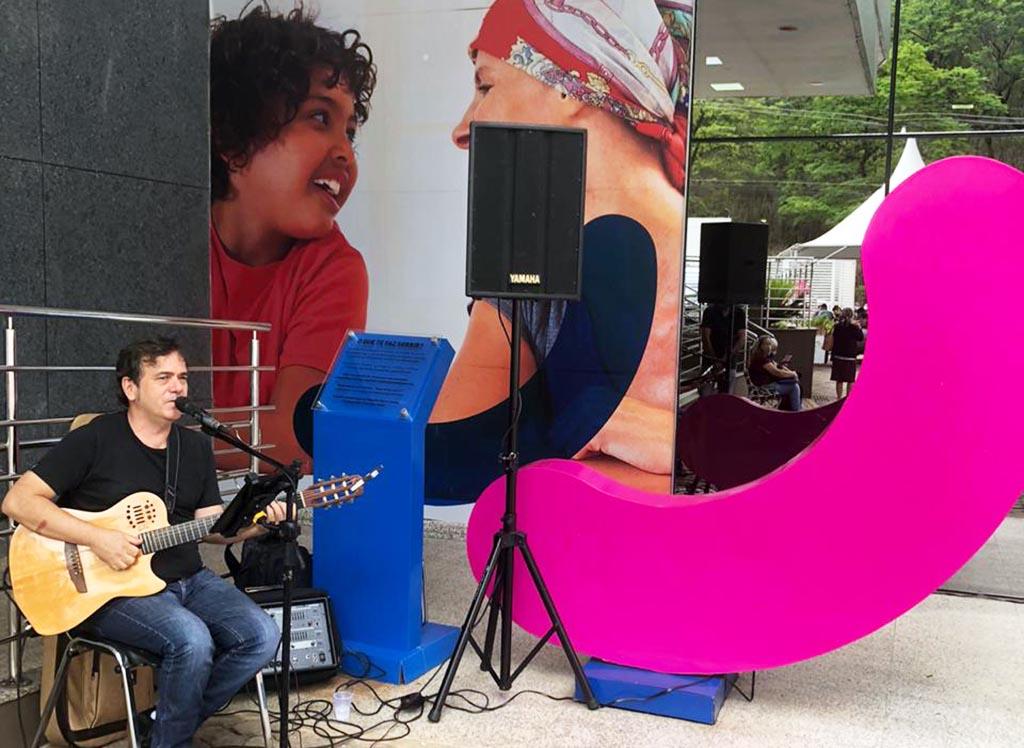 FSFX realiza diversas ações para celebrar Outubro Rosa