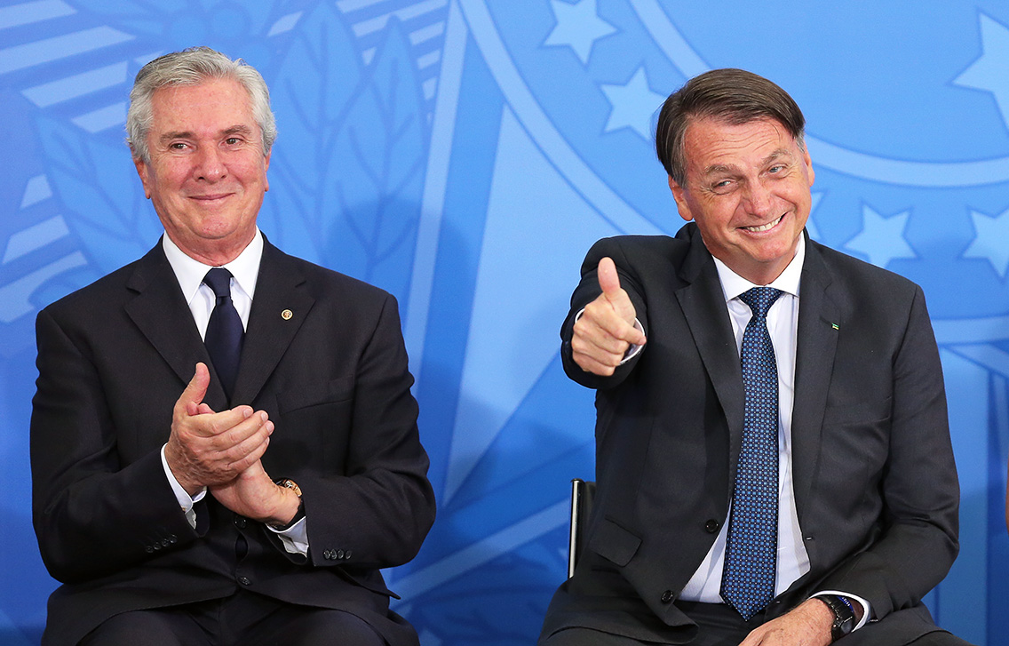 Collor e Dilma: conosco não Seu João