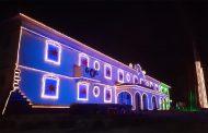 Decoração de Natal da Aperam leva brilho e cor ao Centro de Timóteo