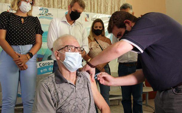 Moradores do Lar dos Idosos foram os primeiros imunizados em Fabriciano