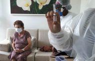 Ipatinga segue imunizando idosos preferenciais e trabalhadores da Saúde
