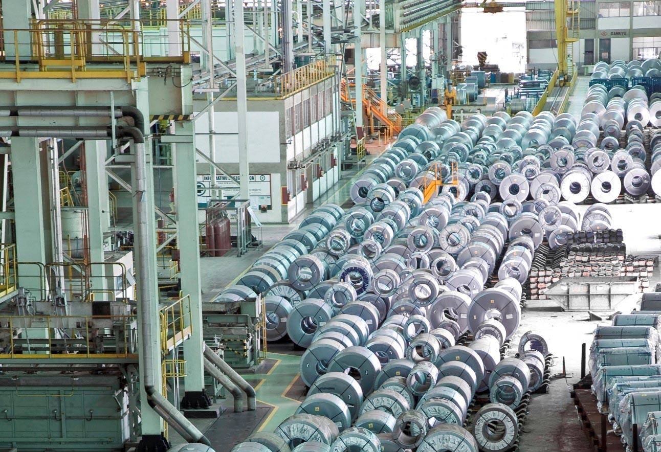 Usiminas registra aumento de produção e vendas em 2021