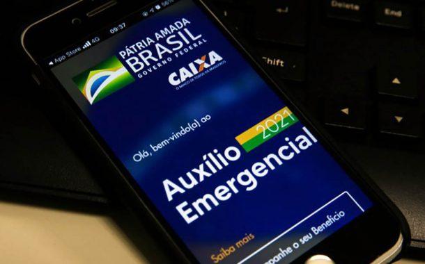 Caixa antecipa pagamento da terceira parcela do auxílio emergencial