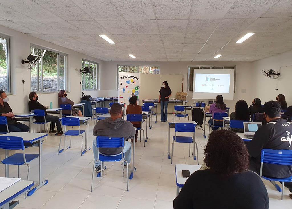 Educadores de Ipatinga recebem capacitação sobre empreendedorismo