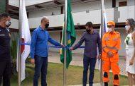Hasteamento das Bandeiras marca inauguração de Mastro Municipal em Paraíso